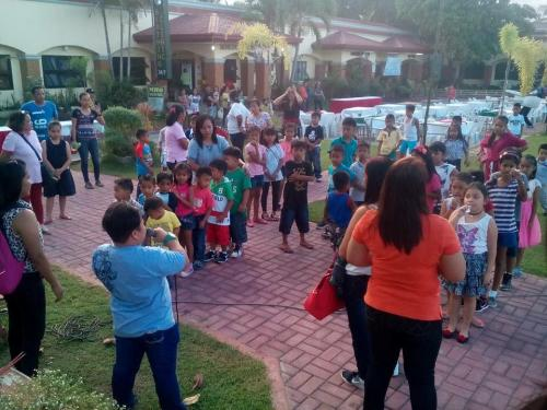Parlor Games for Children sponsored by Mayor Nora Modomo and Sangguniang Bayan before the LGU Christmas Party.(December 21,2016)