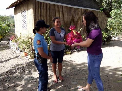 Santa Ignacia Police Station Gift Giving