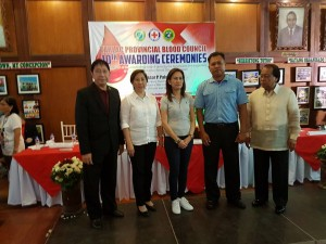 Congratulations Mayor Nora T. Modomo and Santa Ignacia for recieving an Award of Appreciation during Tarlac Provincial Blood Council 10th Awarding Ceremonies (13)