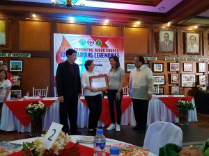 Congratulations Mayor Nora T. Modomo and Santa Ignacia for recieving an Award of Appreciation during Tarlac Provincial Blood Council 10th Awarding Ceremonies (3)