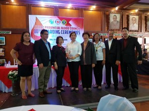 Congratulations Mayor Nora T. Modomo and Santa Ignacia for recieving an Award of Appreciation during Tarlac Provincial Blood Council 10th Awarding Ceremonies (4)