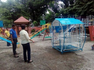 Construction of the Santa Ignacia Playground (1)
