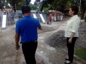 Construction of the Santa Ignacia Playground (2)