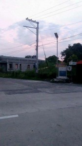 Installation of SOLAR POWER ENERGY street light along the Romulo Highway. (9)
