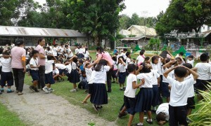 MDRRMO OF SANTA IGNACIA CONDUCT A EARTHQUAKE DRILL @ VARGAS ELEM SCHOOL (12)