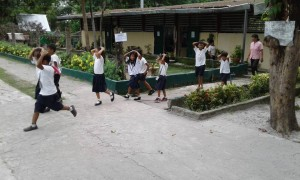 MDRRMO OF SANTA IGNACIA CONDUCT A EARTHQUAKE DRILL @ VARGAS ELEM SCHOOL (20)