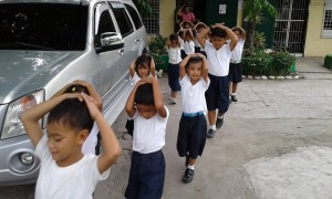 MDRRMO OF SANTA IGNACIA CONDUCT A EARTHQUAKE DRILL @ VARGAS ELEM SCHOOL (21)