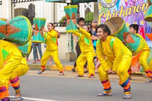 16 powerful images during 1st KanLahi Festival Street Dancing Competition (10)