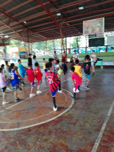 1st day of Basic Basketball Clinic  Training ng mga Under 12 Years Old sa Santa Ignacia Covered Court (3)
