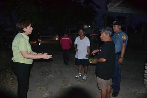 Personal at sorpresang ininspekyon ni Mayor Nora Modomo ang mga ipinasarang bahay aliwan sa ating bayan (7)