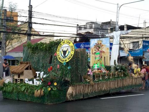 Tarlac 1st KanLAhi Festival Grand Parade of Float  (14)
