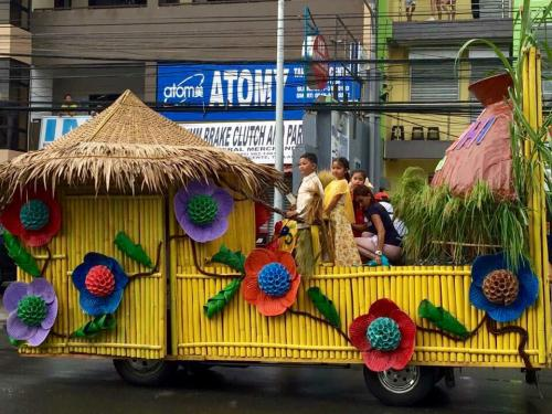 Tarlac 1st KanLAhi Festival Grand Parade of Float  (18)