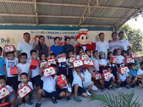 A Jolly Feeding Program sponsored by Ms. Abby Watabe at Tag-Cab Elementary School