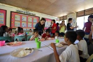 BUKAS NA PANGARAP FEEDING PROGRAM (18)